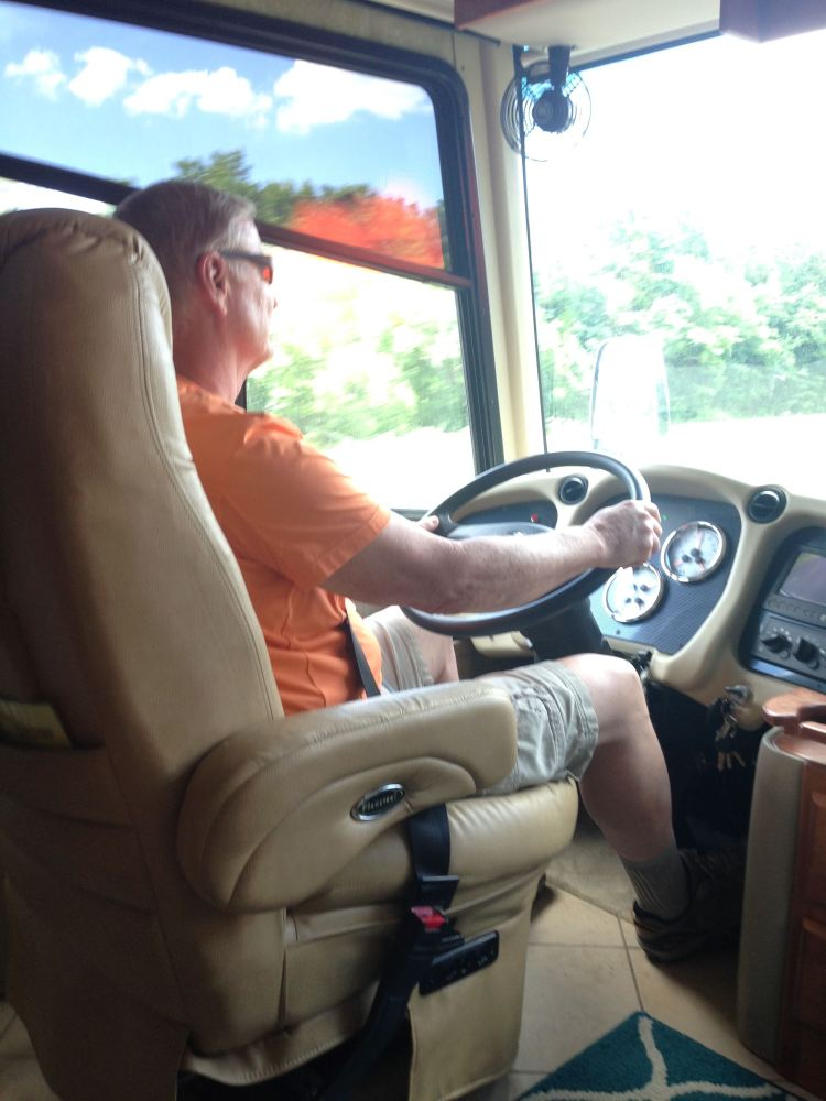 Learning to drive our new motor home (1/6)